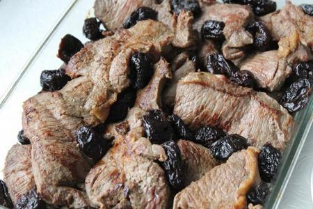 Мясо черносливом рецепт фото пошагово