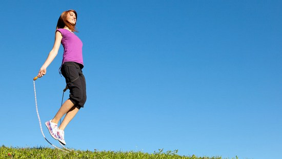 Как работают прыжки на скакалке для похудения?