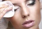 Растительные масла – лучшее средство для снятия макияжа