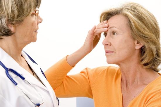 Гормонозаменяющая терапия при климаксе: когда лучше начать?