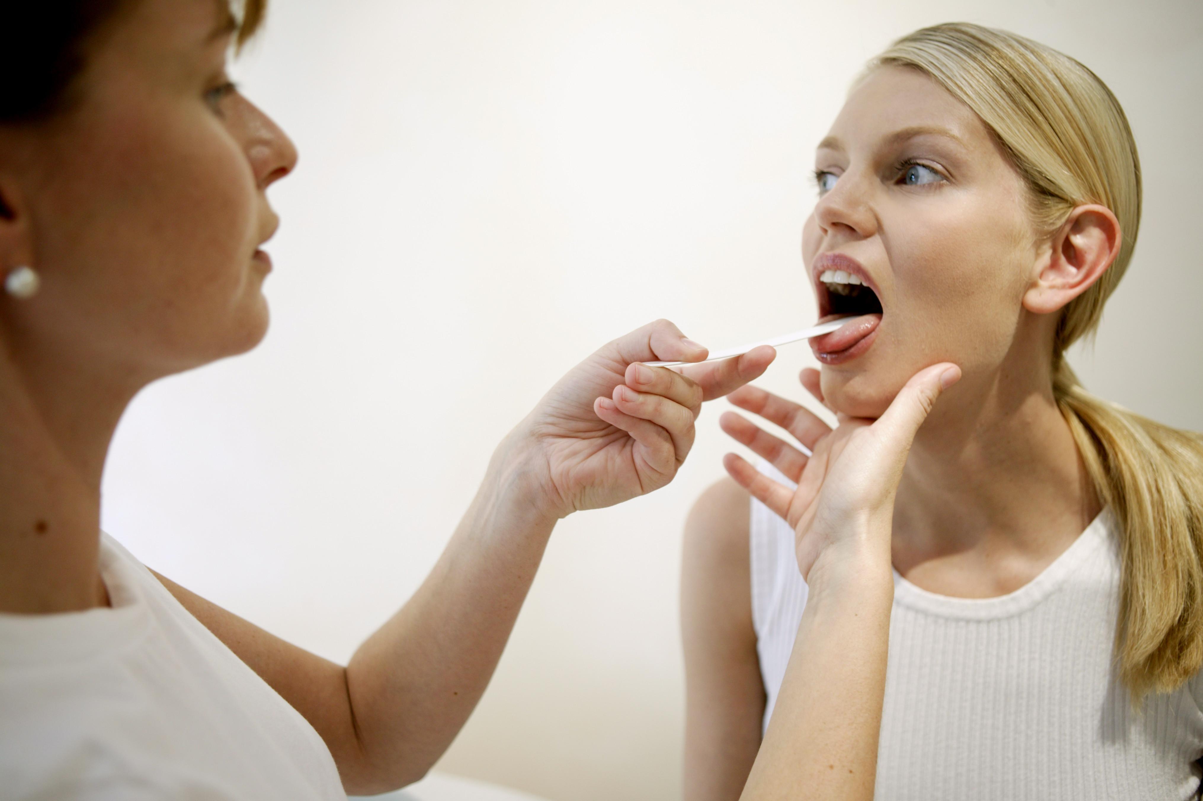 Насморк заложен нос у ребенка чем лечить