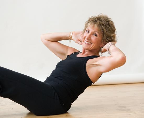 Какие витамины должны поступать в организм женщины после 50 лет