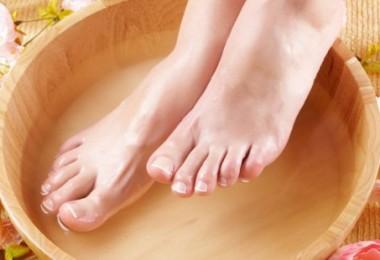 Как уксусом лечить грибок ногтей: домашние рецепты