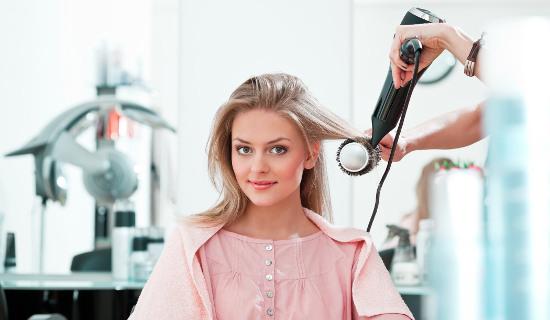 Как правильно ухаживать за волосами: советы опытных стилистов