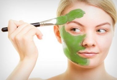 honey-and-cabbage-mask