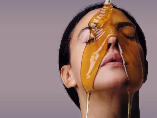 Как мед поможет стать красивее?