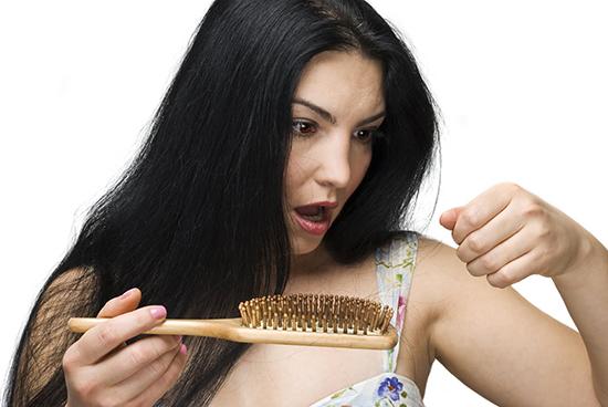 Как восстановить волосы с помощью масок