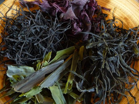 Какая калорийность свежей, маринованной и сушеной морской капусты?