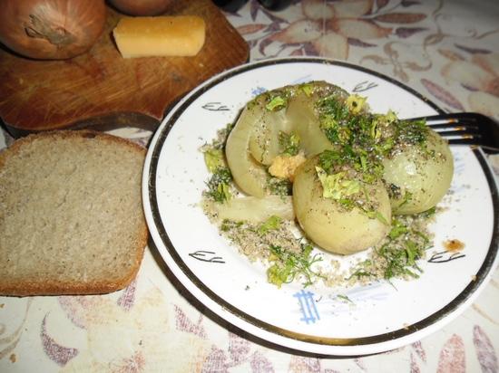 Лук вареный, тушеный, печеный – сколько калорий в любимых блюдах