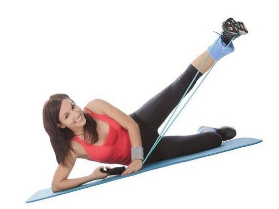 Упражнения со жгутом для ног