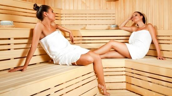 Уход за наращенными ресницами в домашних условиях: правила и советы