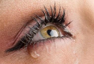 Watery_eyes