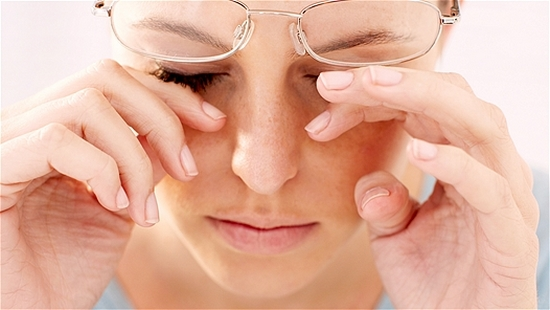 Причины синдрома сухого глаза и лечение заболевания
