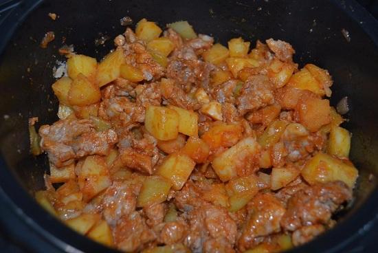 Рецепты из свинины и картофеля с фото в мультиварке