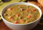 изысканный гороховый суп с копчеными ребрышками