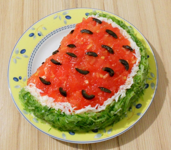 способ приготовления салата «Арбузная долька»