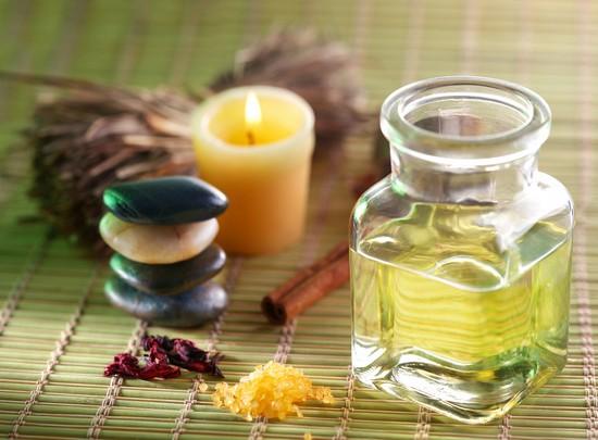 соединение касторового масляного экстракта с маслом репейника