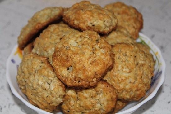 Как приготовить овсяное печенье из «Геркулеса»