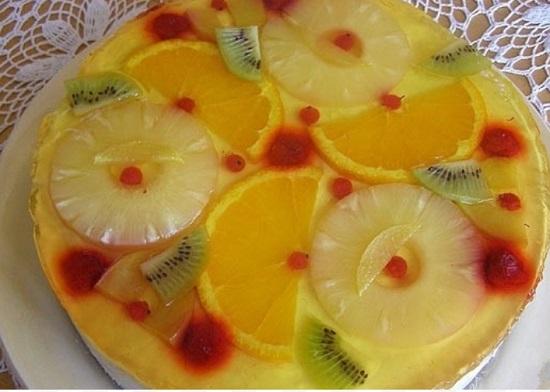 Желейный торт с фруктами без выпечки