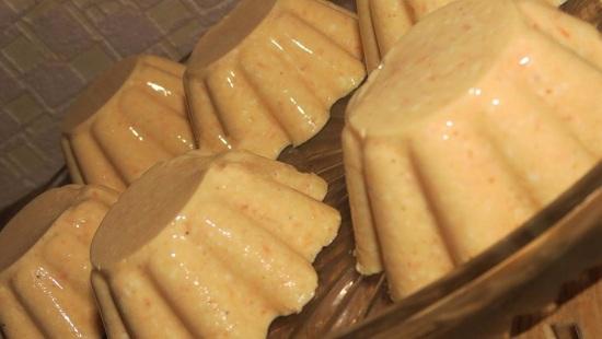 творожно-морковный кекс без выпечки