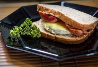 Бутерброды с яйцом и ветчиной: пошаговые рецепты с фото, как приготовить, ингредиенты, состав