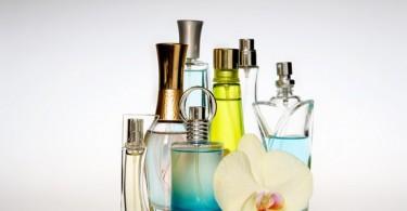 Как правильно наносить духи: парфюмерный этикет