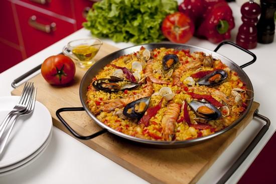 Паэлья: рецепт классический с курицей и морепродуктами, советы