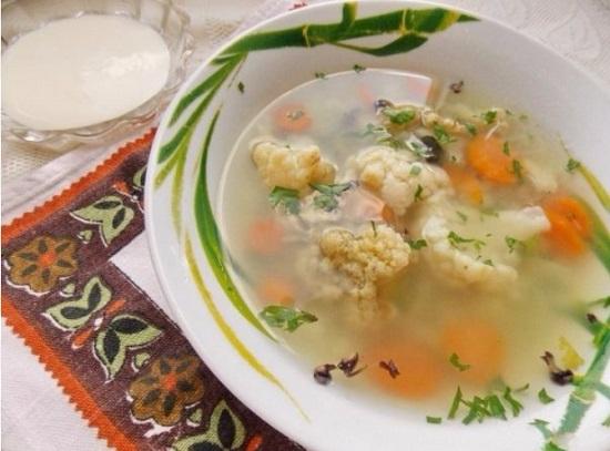 Овощной супчик с цветной капустой