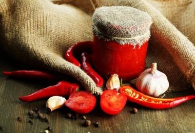 Аджика из помидоров и перца: рецепт классический на зиму
