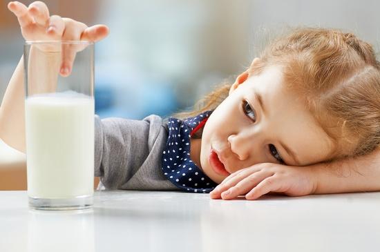 От чего помогает молоко с чесноком?