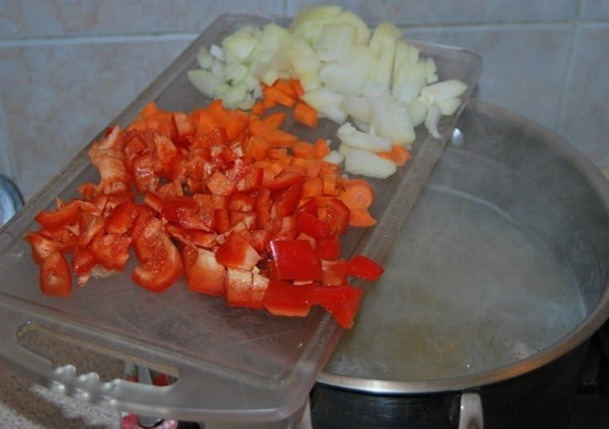 Перчик болгарский, морковь