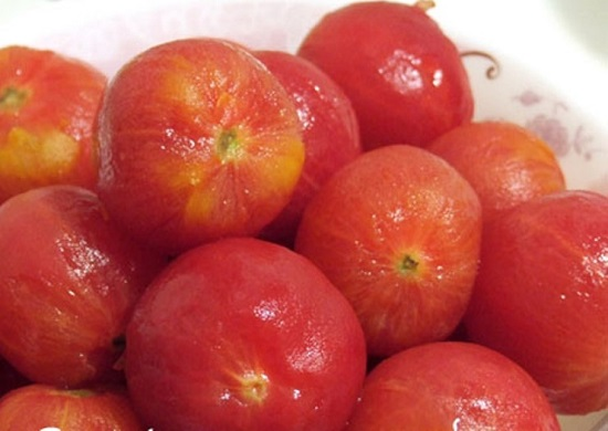 Подготовим томаты