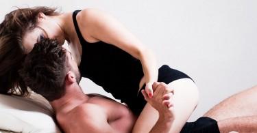 Чем полезен секс для женщин