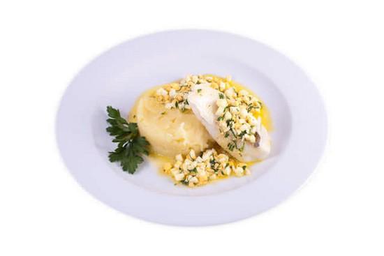 Рыба по-польски с яйцом: домашние рецепты приготовления с фото