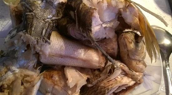 отделяем филе от кости