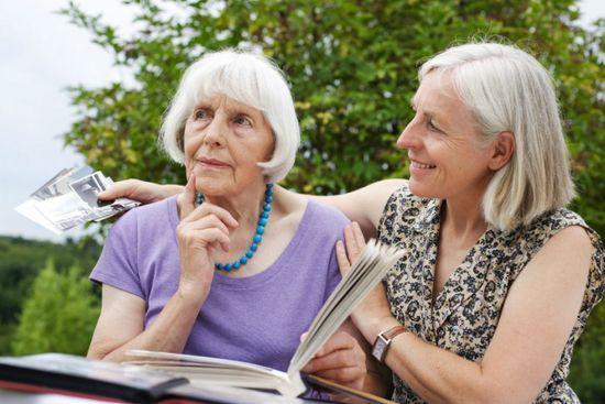 Болезнь Альцгеймера: причины
