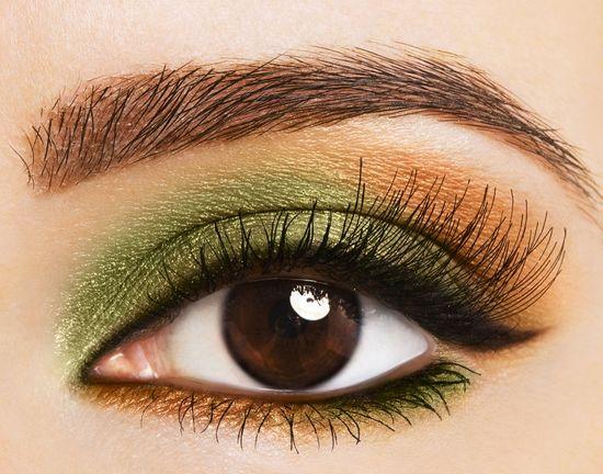 зеленовато-золотистые тени для карих глаз