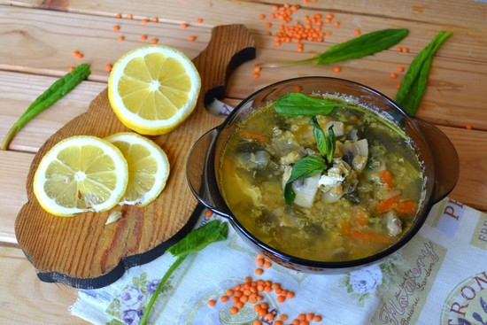 суп из чечевицы на курином бульоне