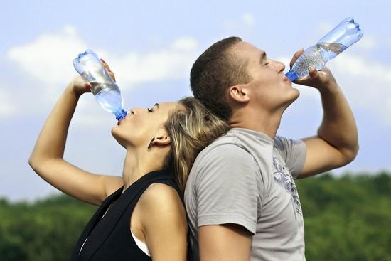 Вывести лишнюю жидкость из организма для похудения
