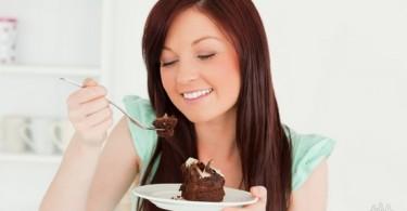 Почему очень хочется сладкого