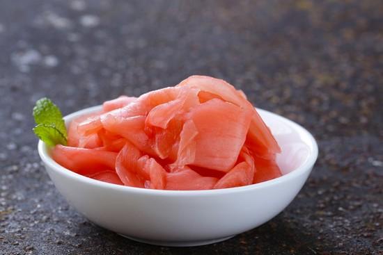 Имбирь маринованный розовый: польза и вред