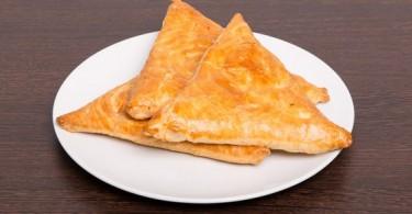 Самса с курицей из слоеного теста: калорийность, пошаговые рецепты с фото