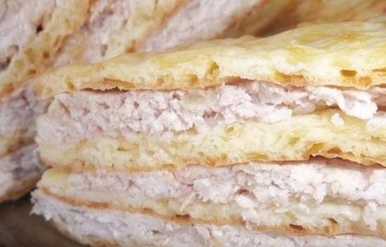 Пирог с куриным фаршем в духовке: рецепт