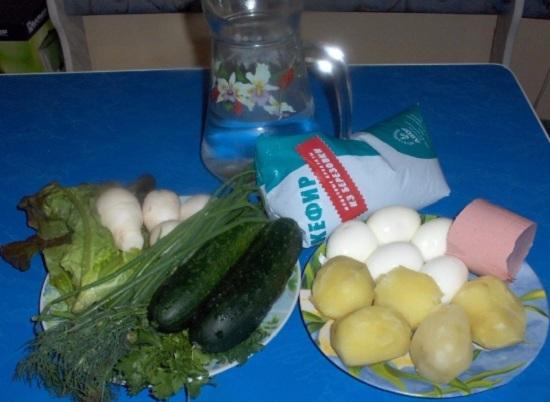 вкрутую сварим яйца и в кожуре картофель