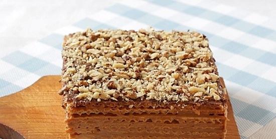 торт со сгущенкой и маслом
