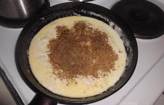 солим и приправляем пряностями и специями по вкусу