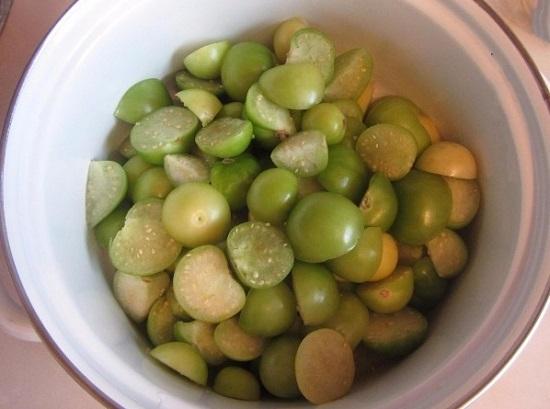 плоды маслянистые, их нужно хорошенько промыть