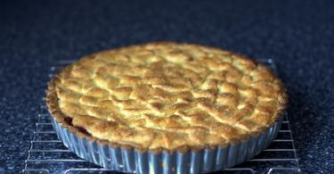 Постный пирог с вареньем: рецепт с фото