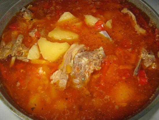 Перемешиваем и варим суп