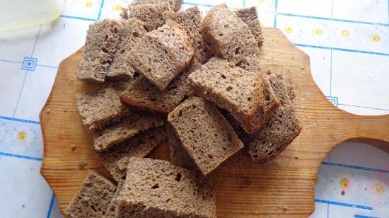 хлебные кусочки брусочками